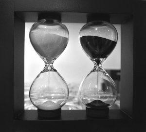 hourglass-983001_640